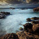 Bubbling sea by Shaun Whiteman