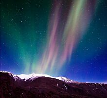Northernlights dancing in Iceland. by RonniHauks
