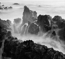 Erupcion by Raico Rosenberg