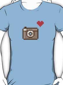 pixel camera love T-Shirt
