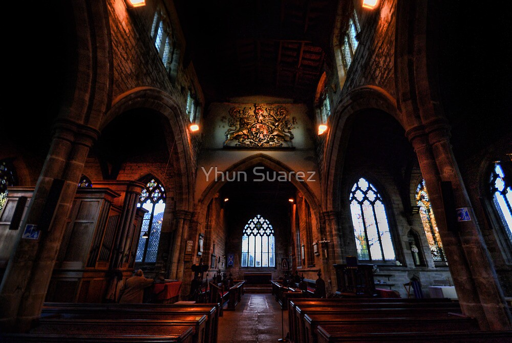 St Andrew's Church: Nave by Yhun Suarez