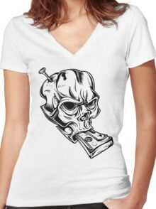 Teskull Women's Fitted V-Neck T-Shirt