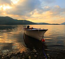 Sunset over Derwentwater by Paul Bettison