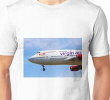 A Virgin Atlantic Boeing 747 Unisex T-Shirt