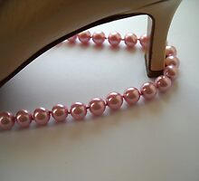 Pearls & Shoes. Still Life. by Vitta