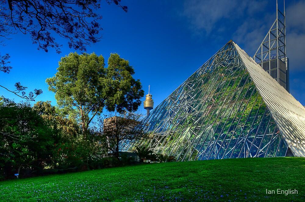 Sydney Botanic Gardens - Pyramid House by Ian English