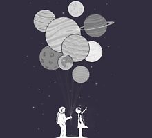 Between planets and balloons. T-Shirt
