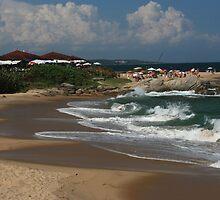 Tocolandia Beach, Costa Azul by Guilherme Milner