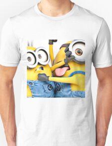 minion fight T-Shirt