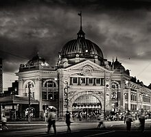 Flinders Street Station by Karen Scrimes