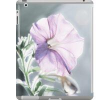 Glowing Purple Flower iPad Case/Skin