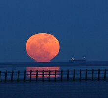 super moon by lurch