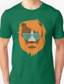 Cute Lion Hipster Animal With Funky Glasses Unisex T-Shirt