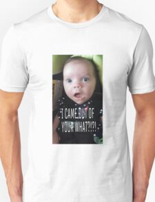 Funny Daughter looking confused at the wonders of life Unisex T-Shirt
