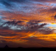 Glasshouse mountains Sunset by Matt Haskins