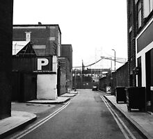LONDON TRIP 35MM PT13 by Redtempa
