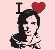 "I ""Heart"" Andrew Lee Potts"