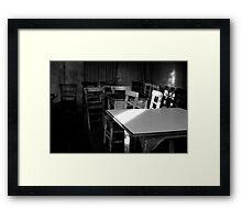 Yalnız Sandalyeler Framed Print