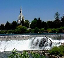 Idaho Falls Tabernacle by Loree McComb