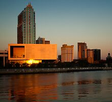 Tampa Art Museum and Skypoint by james smith