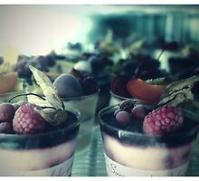 dessert in Paris  by andreauzelac