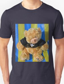Arthur Relaxing at Beer Harbour... Unisex T-Shirt