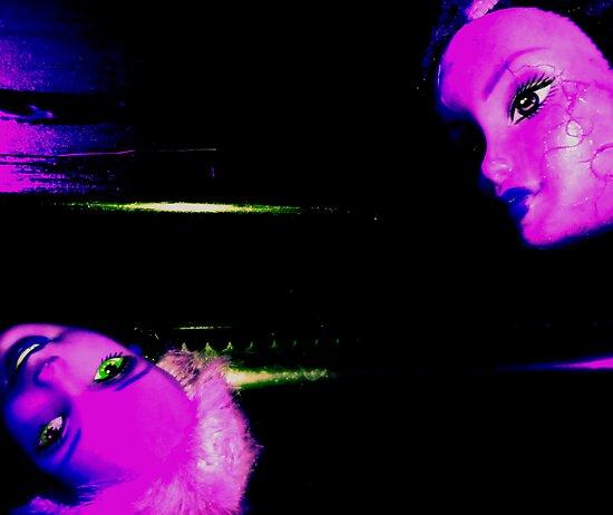 03-24-11:  Dollhead Ovenknob by Margaret Bryant