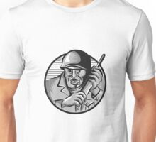 World War Two Soldier American Calling Radio Circle Etching Unisex T-Shirt