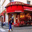Paris -  Amélie Poulain et le Café des deux Moulins by Jean-Luc Rollier