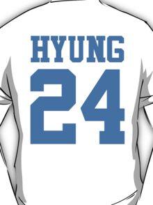 BTS/Bangtan Boys 'HYUNG 24'  T-Shirt