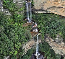Katoomba Falls , Blue Mountains by Terry Everson