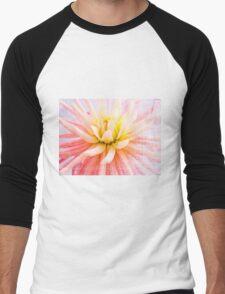 A summer Dahlia flower on wood texture Men's Baseball ¾ T-Shirt