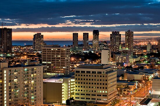 Honolulu Awakens  by Carolann23