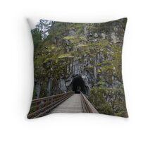 Othello Tunnels Trail Throw Pillow