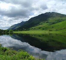 Loch Ceann by Roy  Massicks