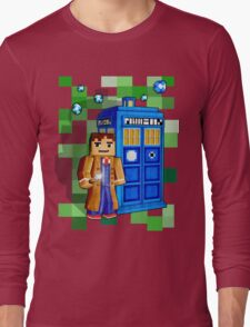 8bit blue phone box with space and time traveller Long Sleeve T-Shirt