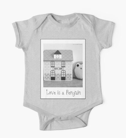 'Love is a Penguin' second sister One Piece - Short Sleeve