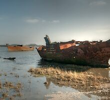 High Tide Wrecks by John Hare