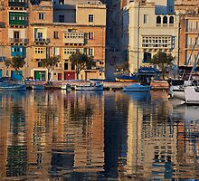 Senglea Wharf Malta by Edwin  Catania