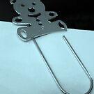 Teddybear bookmark by bubblehex08