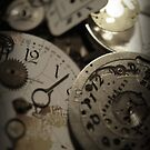 Minute minutes by Ami  Wilber-Mosher