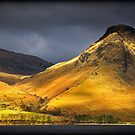 Yewbarrow Fell, the Lake District by Robin Whalley