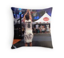 JHutch jump shot Throw Pillow