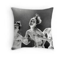 1994 - la language du sphynx 03 Throw Pillow