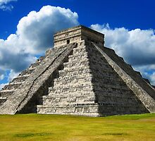 Chitzen Itza Pyramid, Mexico by Clint Burkinshaw