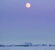 Stil fullmoon in winter by THHoang