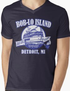 Boblo Island, Detroit MI (vintage distressed look) Mens V-Neck T-Shirt