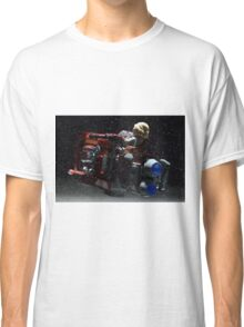 There's a storm coming Classic T-Shirt