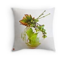 Ikebana-219 Throw Pillow