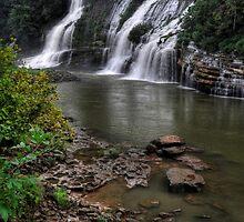 Twin Falls, Rock Island State Park by LynnRoebuck